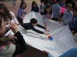 ...βάλαμε και πλαστικά μπαλάκια για να δοκιμάσουμε λίγο και ισορροπίες...