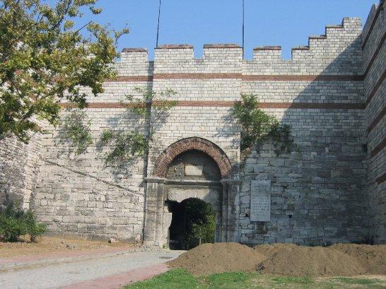 Gate_of_Charisius